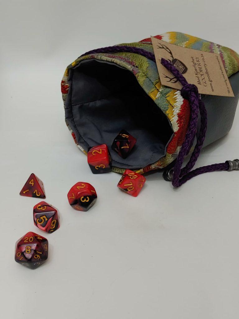 Dice Bag Large Sami_Pattern Red (15)-min
